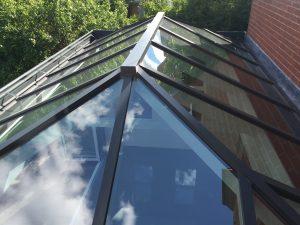 5-Star-Windows-Skyroom-9-300x225