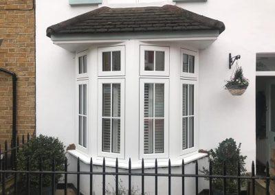 R9 bay windows